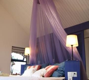浪漫的小复式卧室阁楼装修效果图大全2014图片