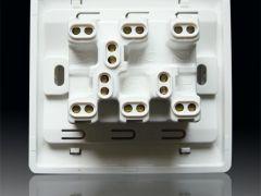 西蒙N51032B 三位双路琴键开关
