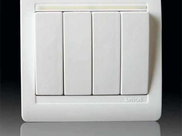 西蒙N51041B 四位单极琴键开关