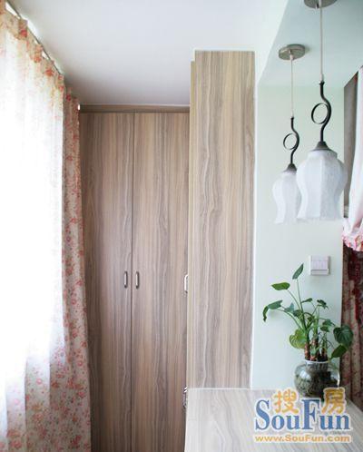 太平家园 80平米 阳台装修效果图 高清图片
