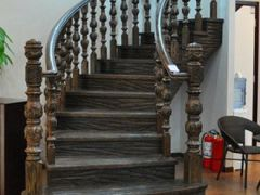 艺典S128木楼梯