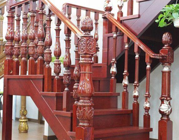 艺典S105木楼梯