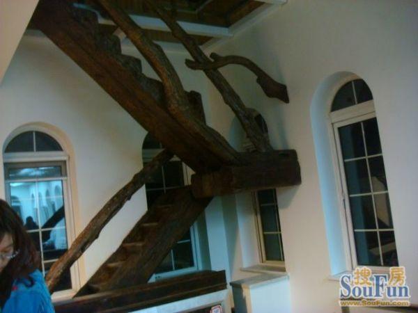 与众不同MS-01木楼梯