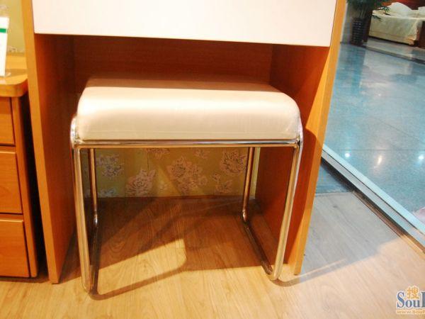 红苹果HPG-R402椅子