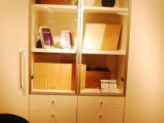红苹果D762-34双门书柜