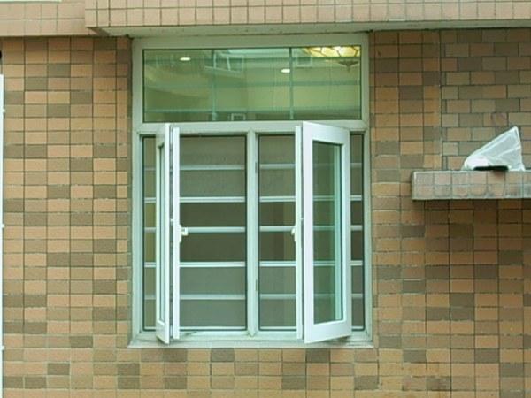 第六代上推防盗型纱窗(标配304不锈钢网)
