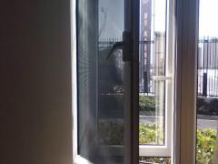 智能防盗纱窗