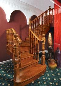 广东实木楼梯