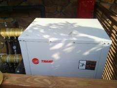 特灵地源热泵中央空调地暖热水三位一体产品