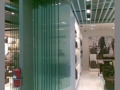 ALAFORM悬挂多角度转向玻璃移门系统