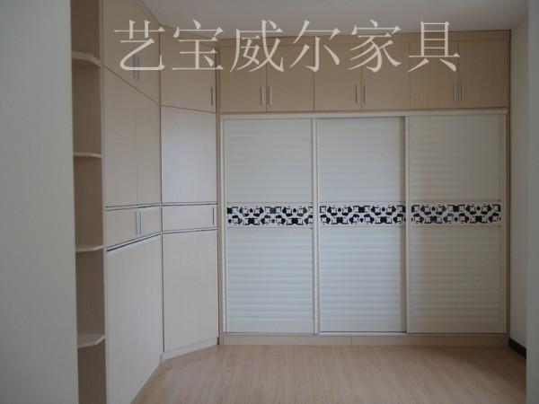 南宁艺宝威尔家具定制转角衣柜