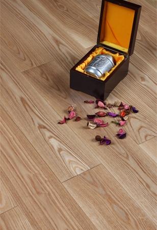 碳晶面实木地板栎木