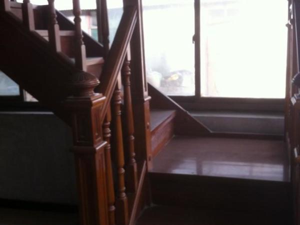 木楼梯厂家直销