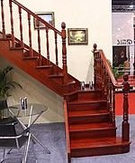 古典简约实木楼梯