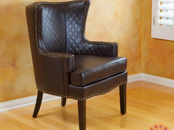 百美家居 百伽 欧式皮质沙发椅 单人沙发 休闲椅 深棕色