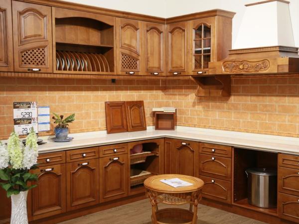 西安专业厨房家具定制,西安新兴狄安娜厨衣柜定制专家