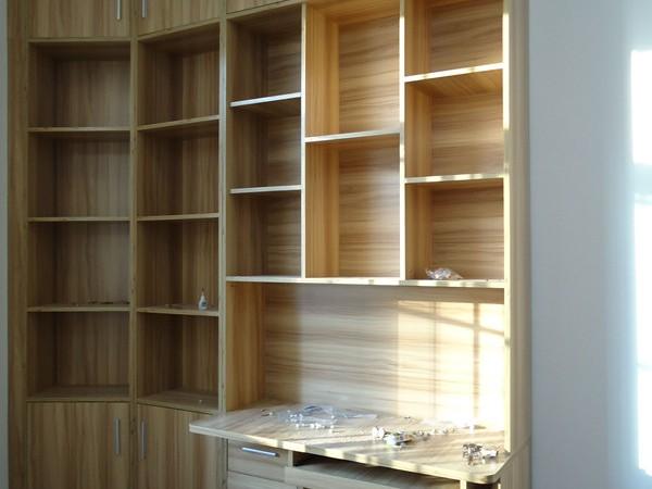 艺宝威尔恒大苹果园12栋B单元组合书柜