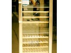 利勃海尔WTes4677独立式酒柜