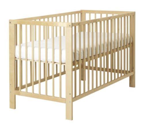 古利福婴儿床