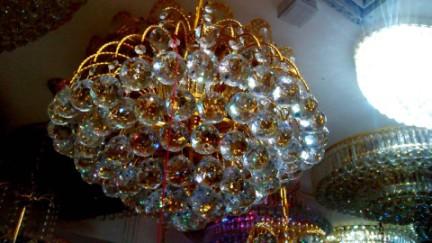 客厅圆形水晶灯