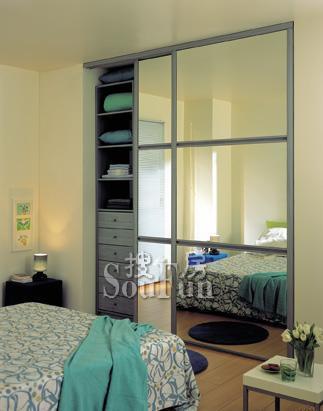 索菲亚衣柜中横框配镜