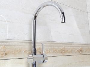 箭牌卫浴ARROW 纯铜镀铬单孔冷热水龙头A85680C