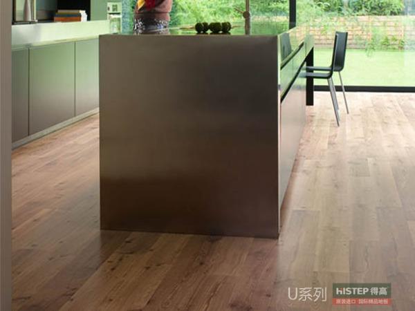 比利时快步舒适系列U995-原色复古橡木强化复合地板