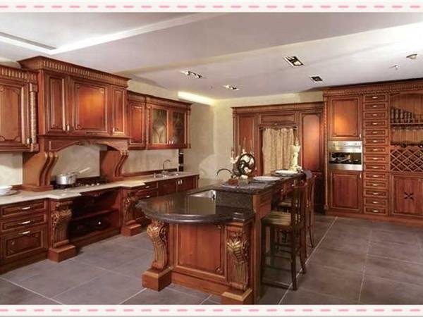渥尔渥实木厨柜:经典产品 私人定制