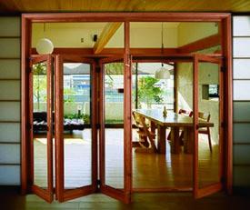 杜鹃花铝包木推拉上悬门 折叠门