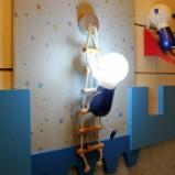 飞利浦 爬爬孩壁灯 金属 原木图片