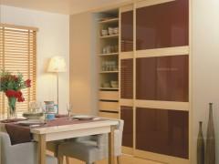 C8框酒红玻璃衣柜