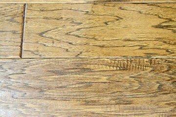圣象TG5206梅丽曼山核桃实木复合地板