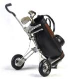 黑色的高尔夫球车仿旧铁艺模型,创意红酒架/酒托图片