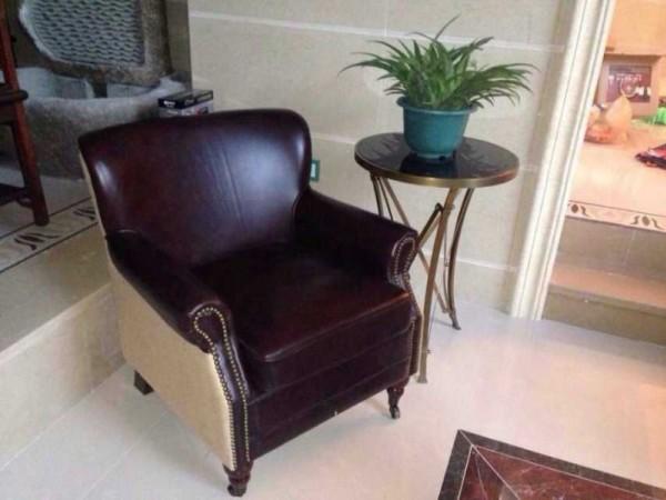 「休闲椅」头层牛皮和麻布的完美结合,还带铜轮