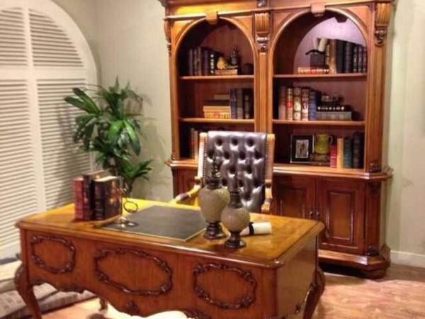 书柜,书桌,书椅