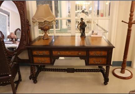 麦好木梅杰卡森经典美式皮雕书桌