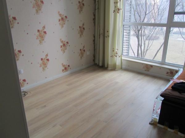 北美枫情羊脂白橡强化复合地板