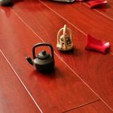 大自然地板 香脂木豆纯实木地板 红檀香18mm 定制