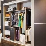 索菲亚定制衣柜 推拉滑移门整体衣橱 简约现代风