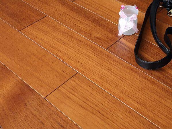 安信地板 柚木地板 锁扣地热地板