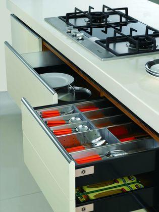 金牌厨柜现代时尚亮光烤漆-西曼3