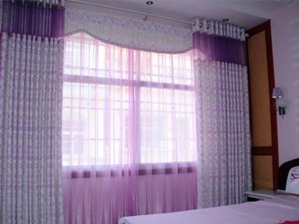 简约卧室窗帘