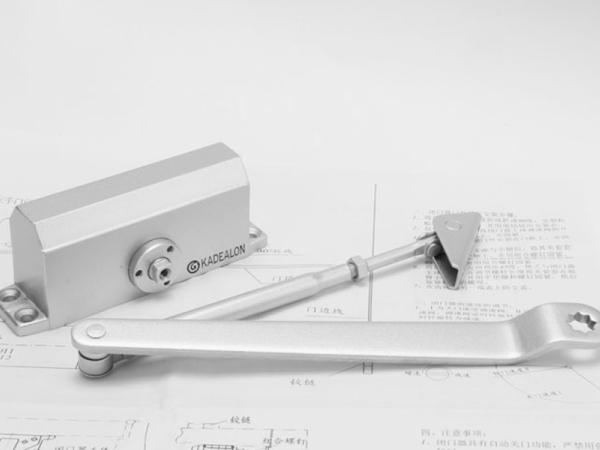 卡迪龙五金 隐藏式闭门器 隐形门专用闭门器KF82023