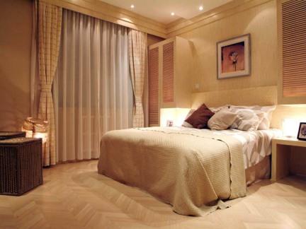 东南亚风格三居室卧室窗帘装修效果图欣赏