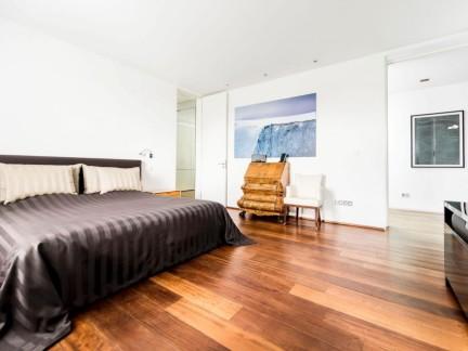 温馨现代风格简单舒适卧室装修效果图