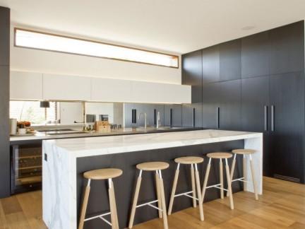 轻奢时尚现代风格厨房吧台装修设计图