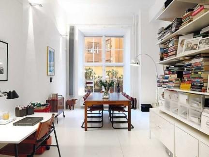 现代简约风格公寓餐厅白色地板砖装修图