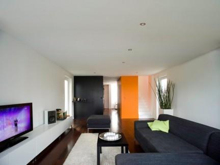 两居室现代简约风格客厅实景图