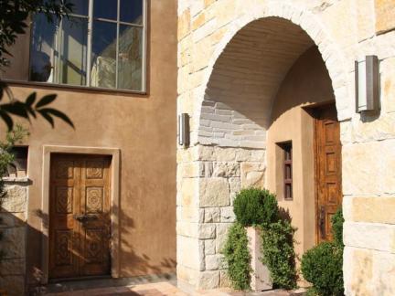 260平米乡村风格小洋楼咖啡色外墙装修设计