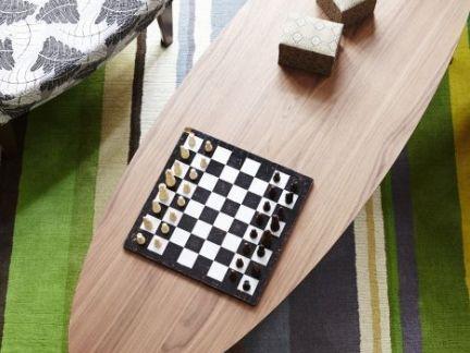 简约风格小户型客厅彩色条纹地毯效果图欣赏